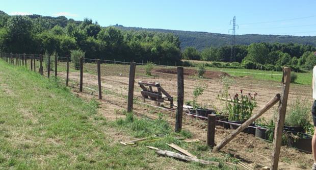 Début de la clôture